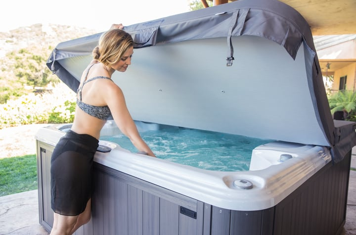 How to Know When to Replace Your Spa Cover
