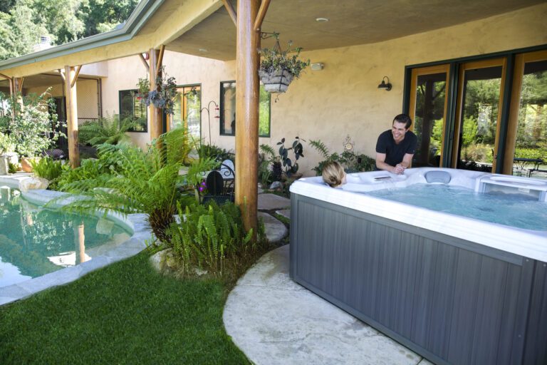 4 Amazing Ways Life is Better in a Hot Tub